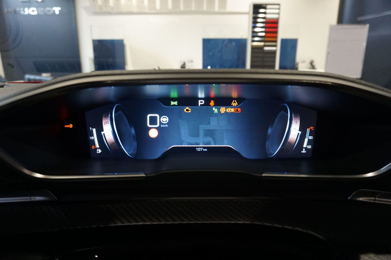 508 GTのナイトビジョン画面
