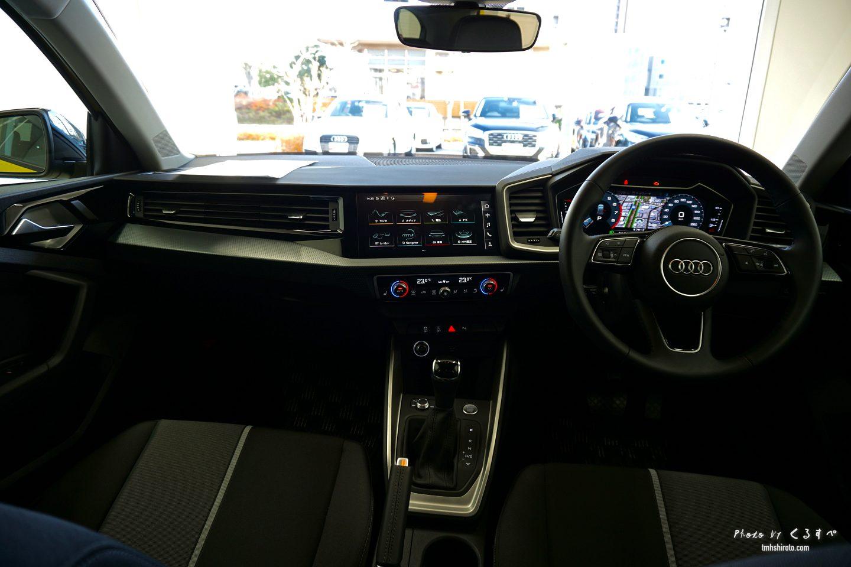 Audi A1 Sportback インテリア 運転席