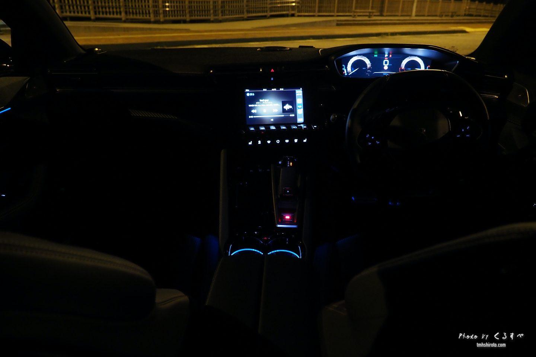 508SWの前席全貌(夜)