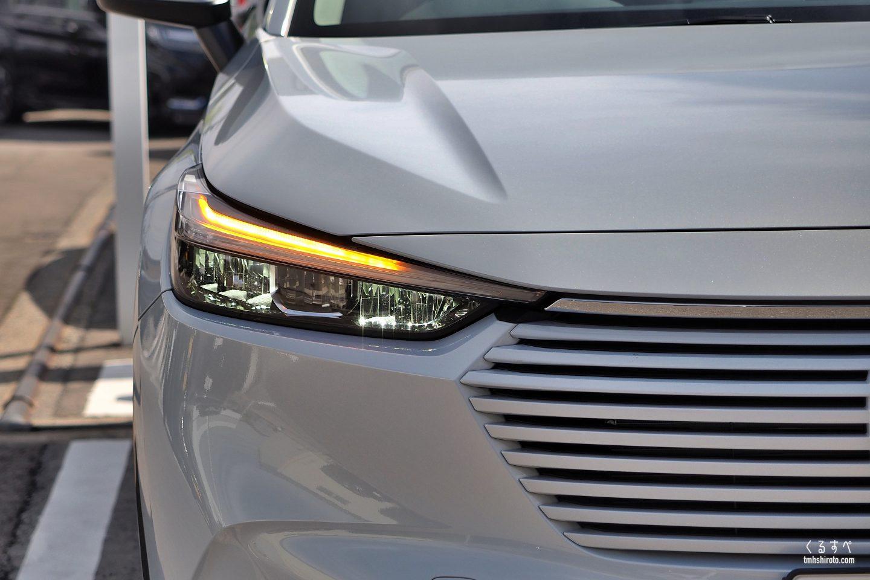 ホンダヴェゼルe:HEV Zのヘッドライトアップ(ターンシグナルランプ点灯)