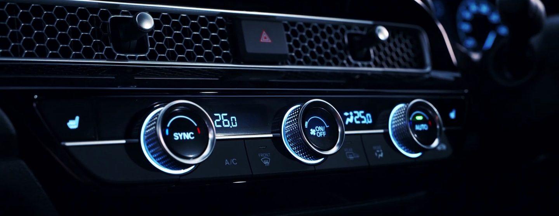 新型シビックハッチバックEXのエアコンダイアル