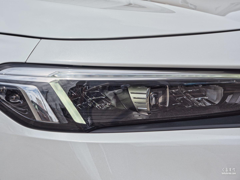 ホンダ シビック(FL1型) EXのアダプティブドライビングビーム+アクティブコーナリングライト搭載ヘッドライト
